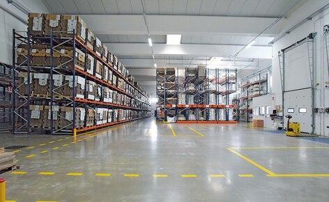 La combinación de cinco sistemas de almacenaje impulsa la productividad de un fabricante de bebidas