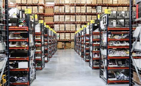 Empresa pionera en e-commerce, instala un circuito de transportadores, para agilizar sus pedidos