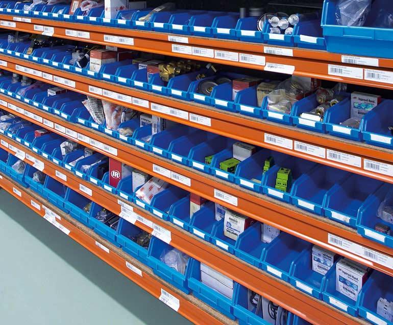 Empresa dedicada a los suministros industriales. El soporte de sus unidades de carga son cajas.