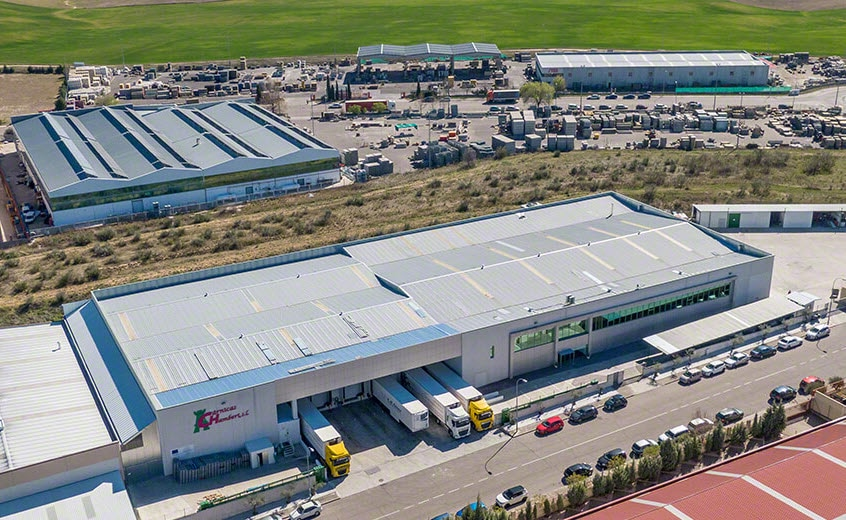 Máxima capacidad y rentabilidad en el depósito automático frigorífico de Cárnicas Chamberí